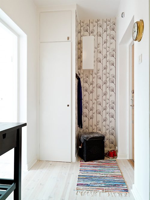 bokhylla vägg mio ~ fin och praktisk hall – malin inredare