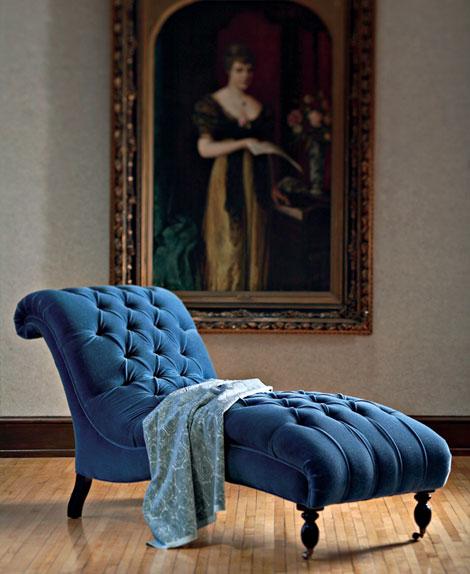 Blue velvet malin inredare - Blue velvet chaise lounge ...