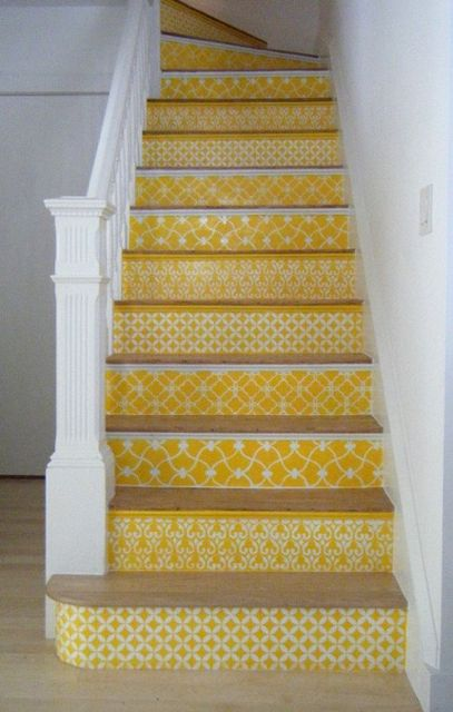 yellow-pattern-stairs-via-livelikeyou