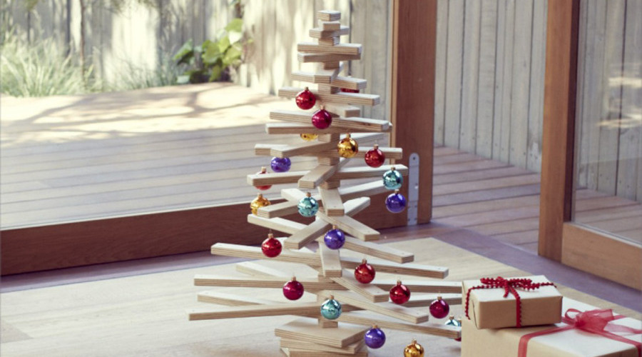 splendid-and-creative-alternative-Christmas-tree-900x500