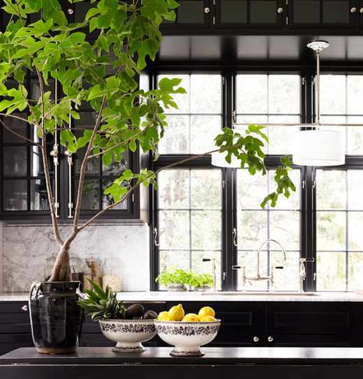 Day-Birger-et-Mikkelsen-kitchen-black-cabinets-white-marble-countertop-Lonny-Dec-2012