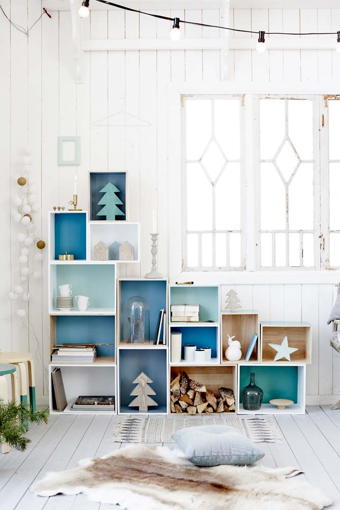 DIY gör din egen bokhylla av trälådor Malin inredare