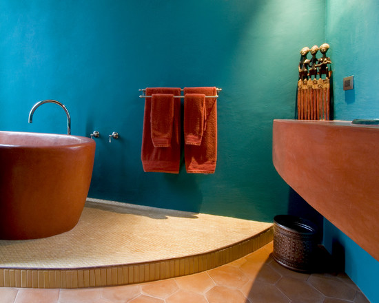 excellent-color-combined-between-terra-cota-color-bathtub-and-blue-walls